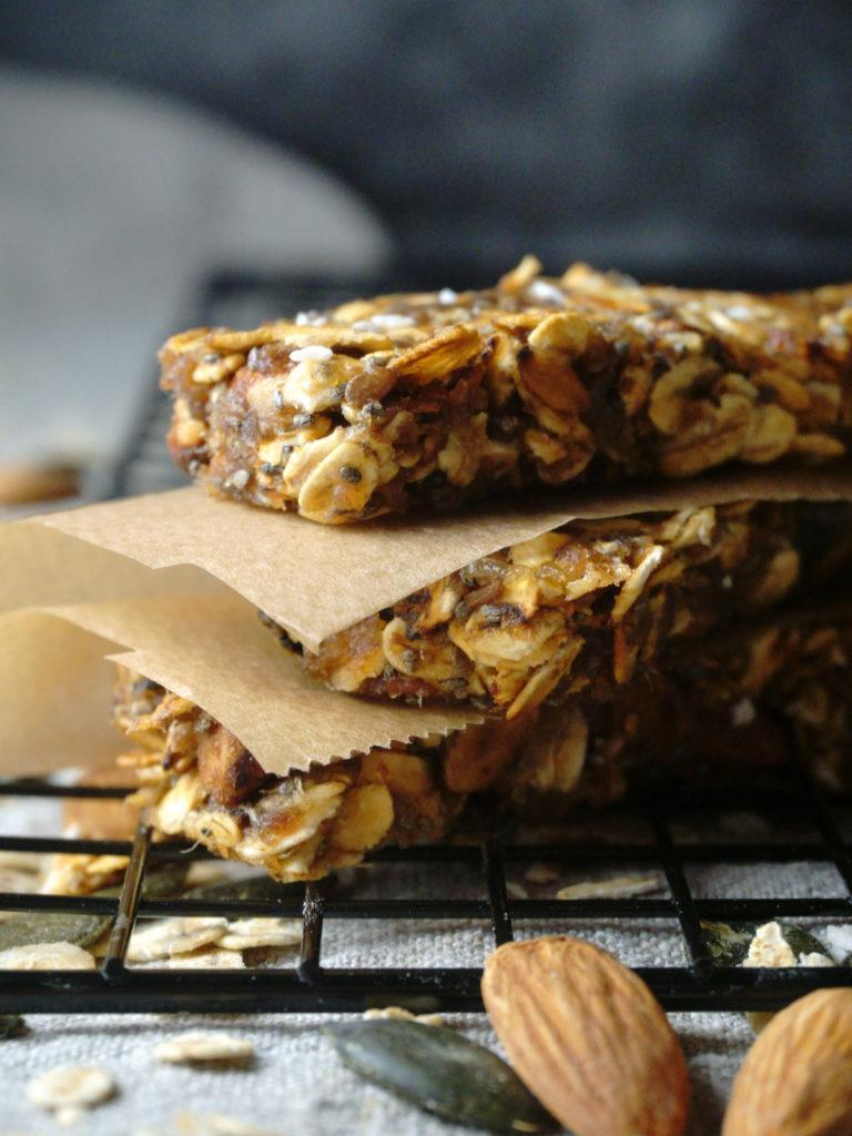 Vegan Granola Bars Without Sugar