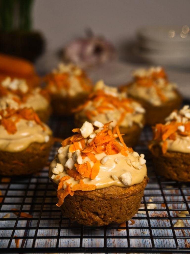 Vegane Karottenkuchen-Muffins