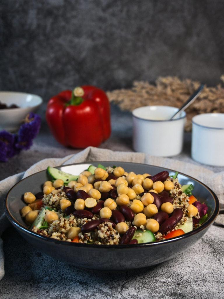 Veganer Protein-Salat