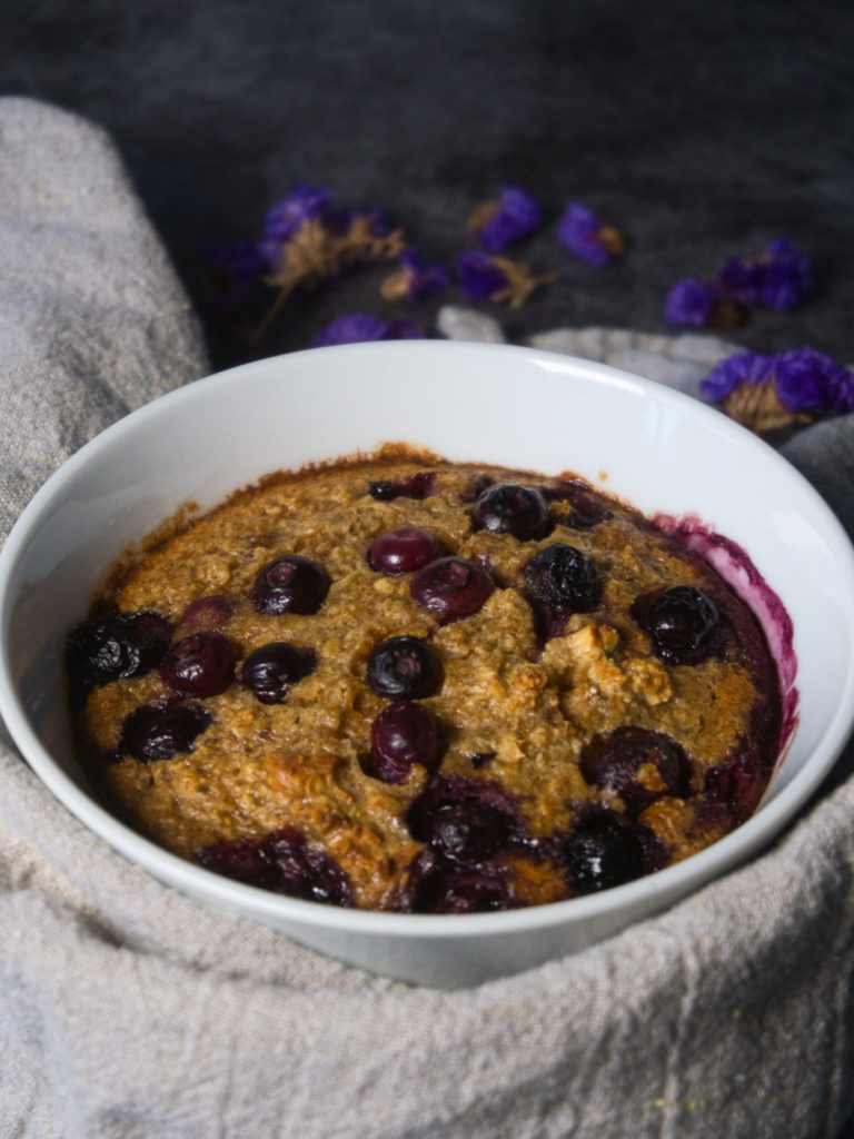 Berry Baked Oats